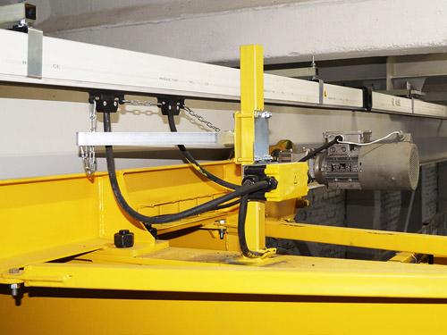 Монтаж троллейного шинопровода и кабельного токоподвода